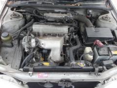 Консоль магнитофона Toyota Vista SV40 Фото 6