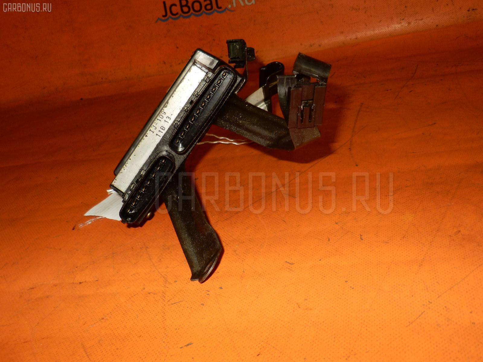 Блок управления инжекторами TOYOTA CROWN JZS175 2JZ-FSE. Фото 9