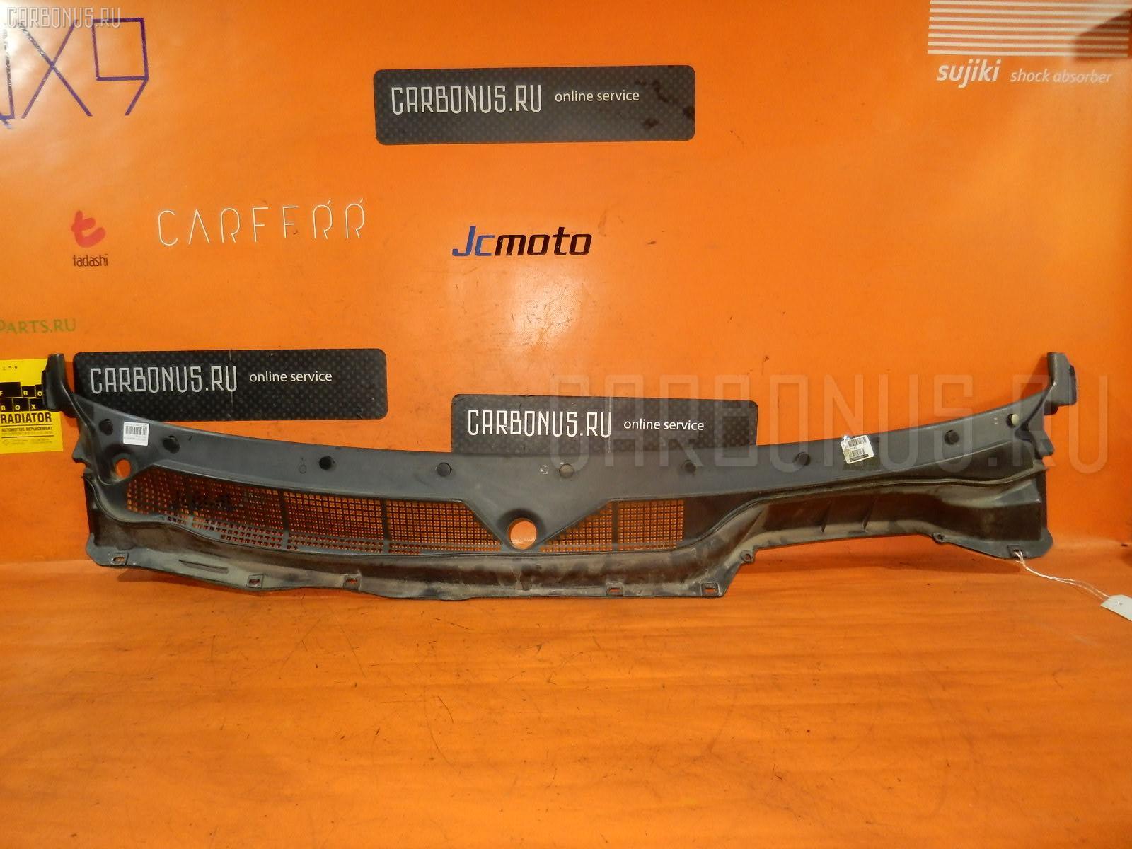 Решетка под лобовое стекло HONDA CR-V RD1. Фото 6