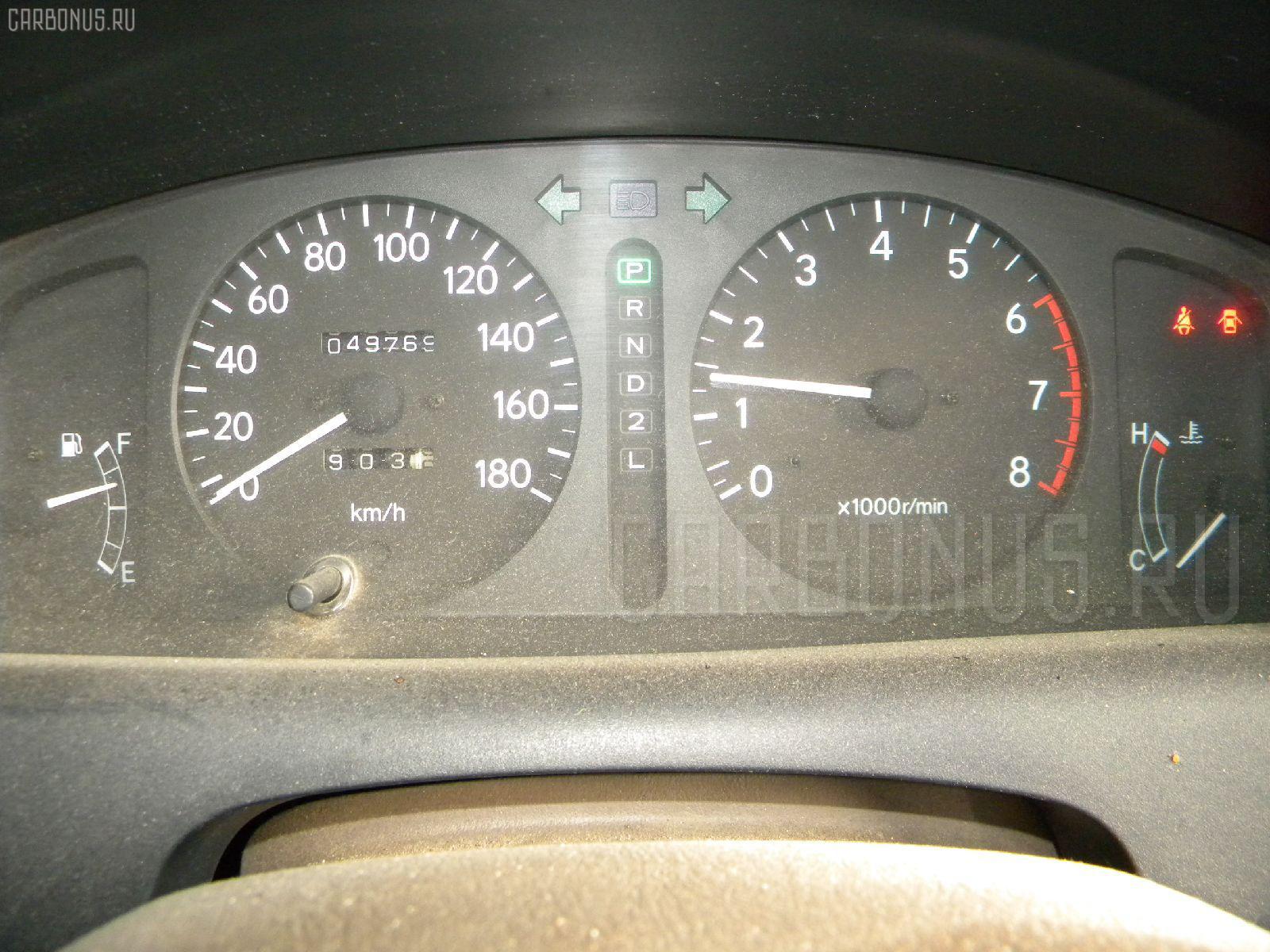 Крышка багажника TOYOTA COROLLA AE110 Фото 10