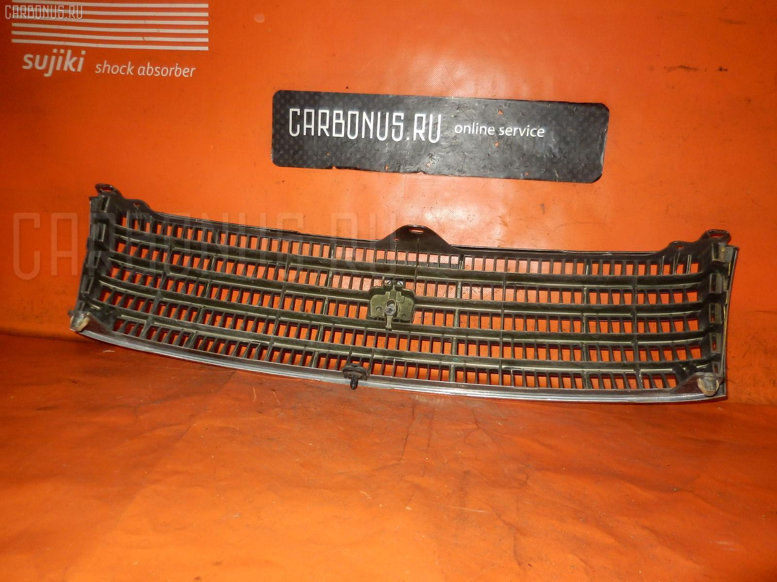 Решетка радиатора TOYOTA CROWN JZS133. Фото 3