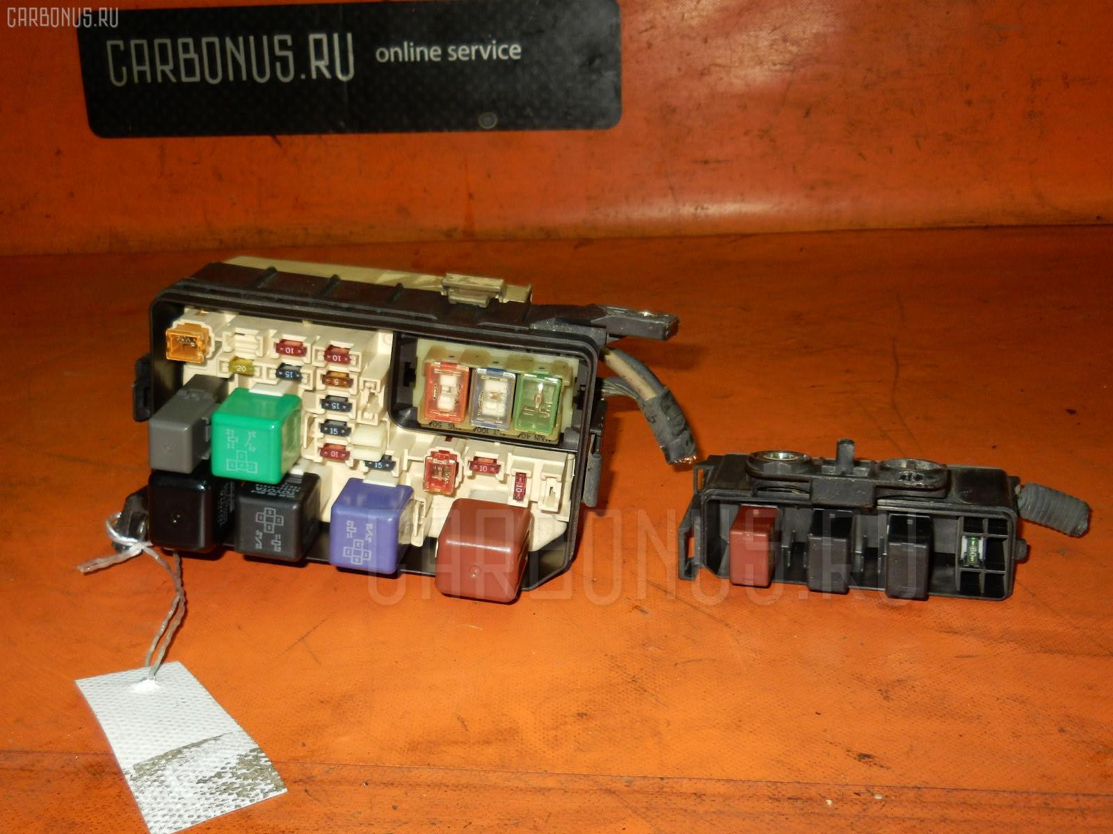 Блок предохранителей TOYOTA SPRINTER CARIB AE111G 4A-FE. Фото 3