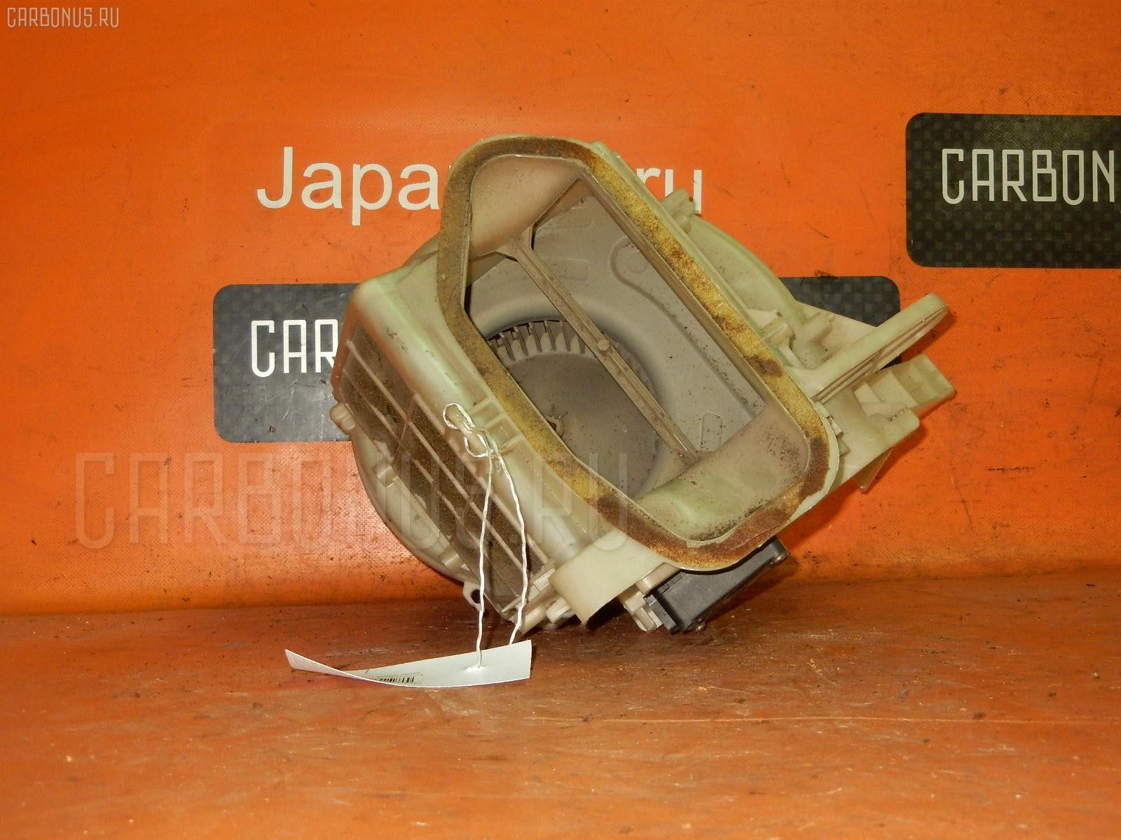 Мотор печки TOYOTA SPRINTER AE100 Фото 1