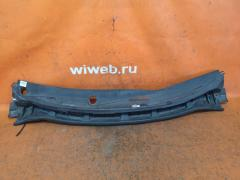 Решетка под лобовое стекло на Nissan Tiida Latio SC11 Фото 1