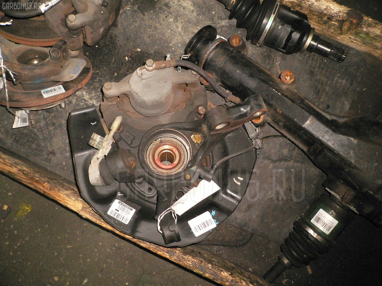 Ступица Toyota Alphard ANH10W 2AZ-FE Фото 1