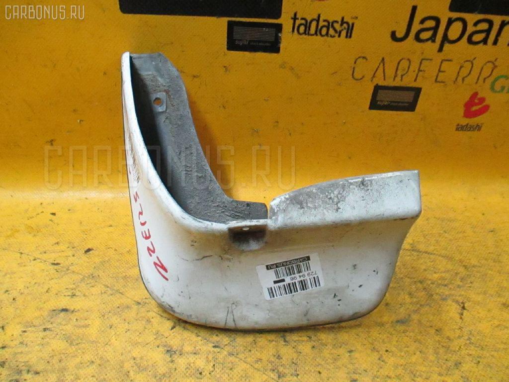 Брызговик Toyota Corolla fielder ZZE123G Фото 1