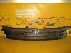 Решетка радиатора Toyota Isis ZNM10W Фото 2