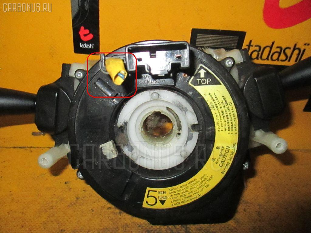 Переключатель поворотов Toyota Raum EXZ10 Фото 1