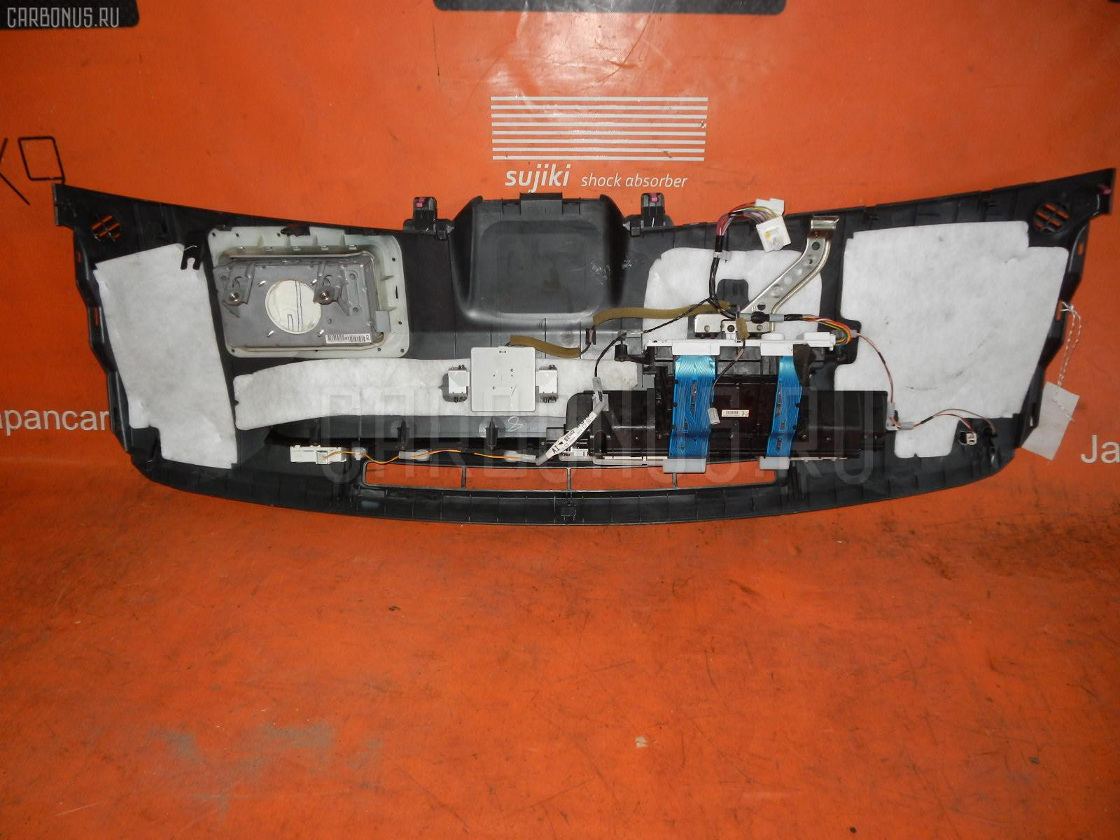 Панель приборов TOYOTA PRIUS NHW20 Фото 3