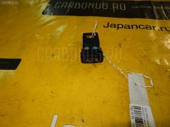 Кнопка Toyota Prius NHW20 Фото 2