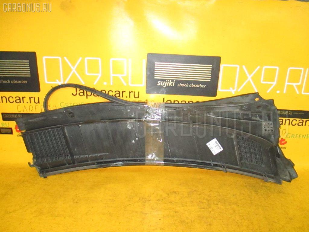 Решетка под лобовое стекло Toyota Nadia SXN10 Фото 1
