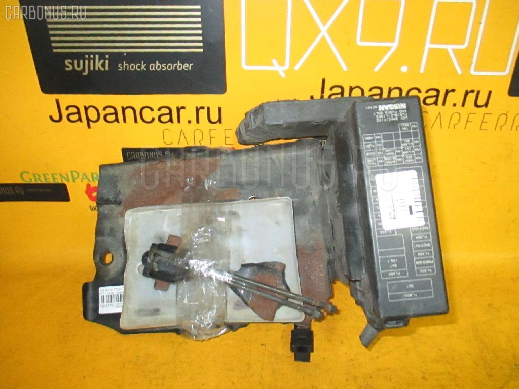 Подставка под аккумулятор NISSAN AD VAN VY11 Фото 1