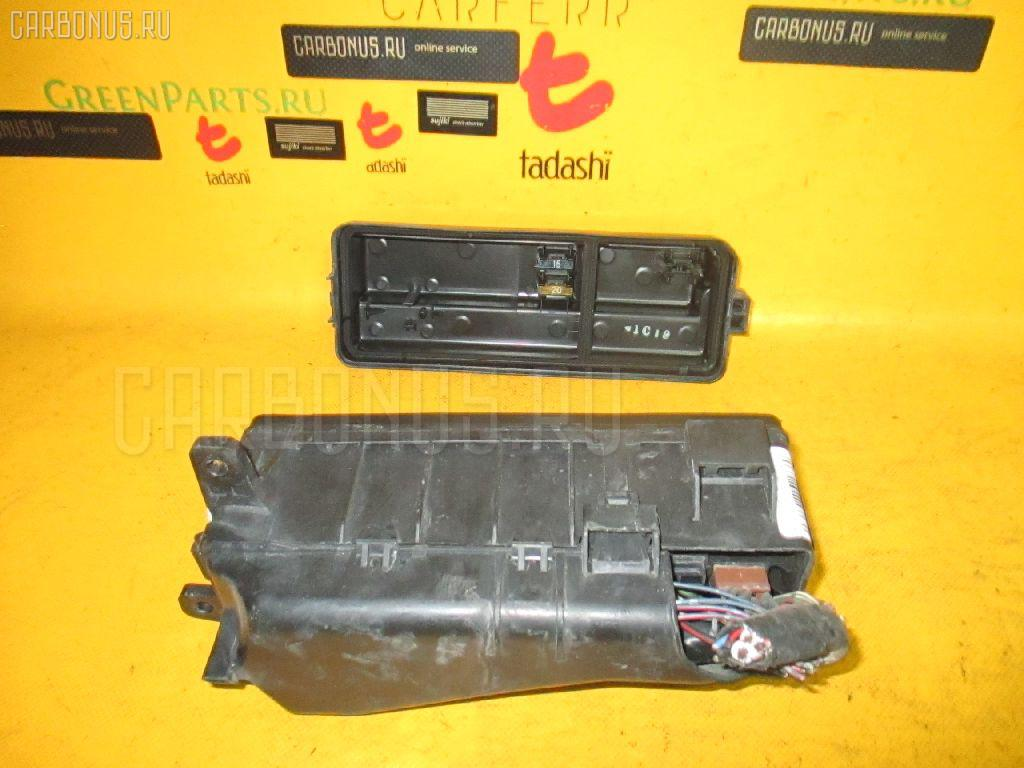 Блок предохранителей TOYOTA MARK II JZX81 1JZ-GE. Фото 2