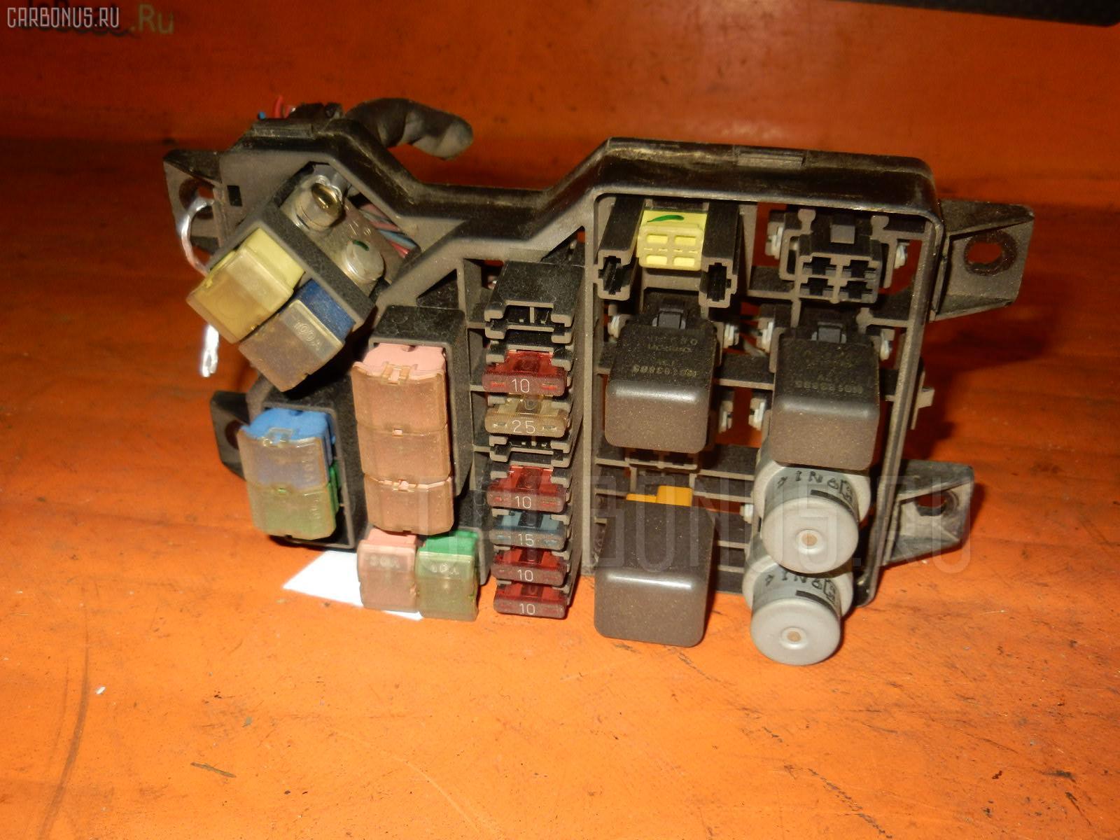 Блок предохранителей MITSUBISHI PAJERO V43W 6G72 Фото 2