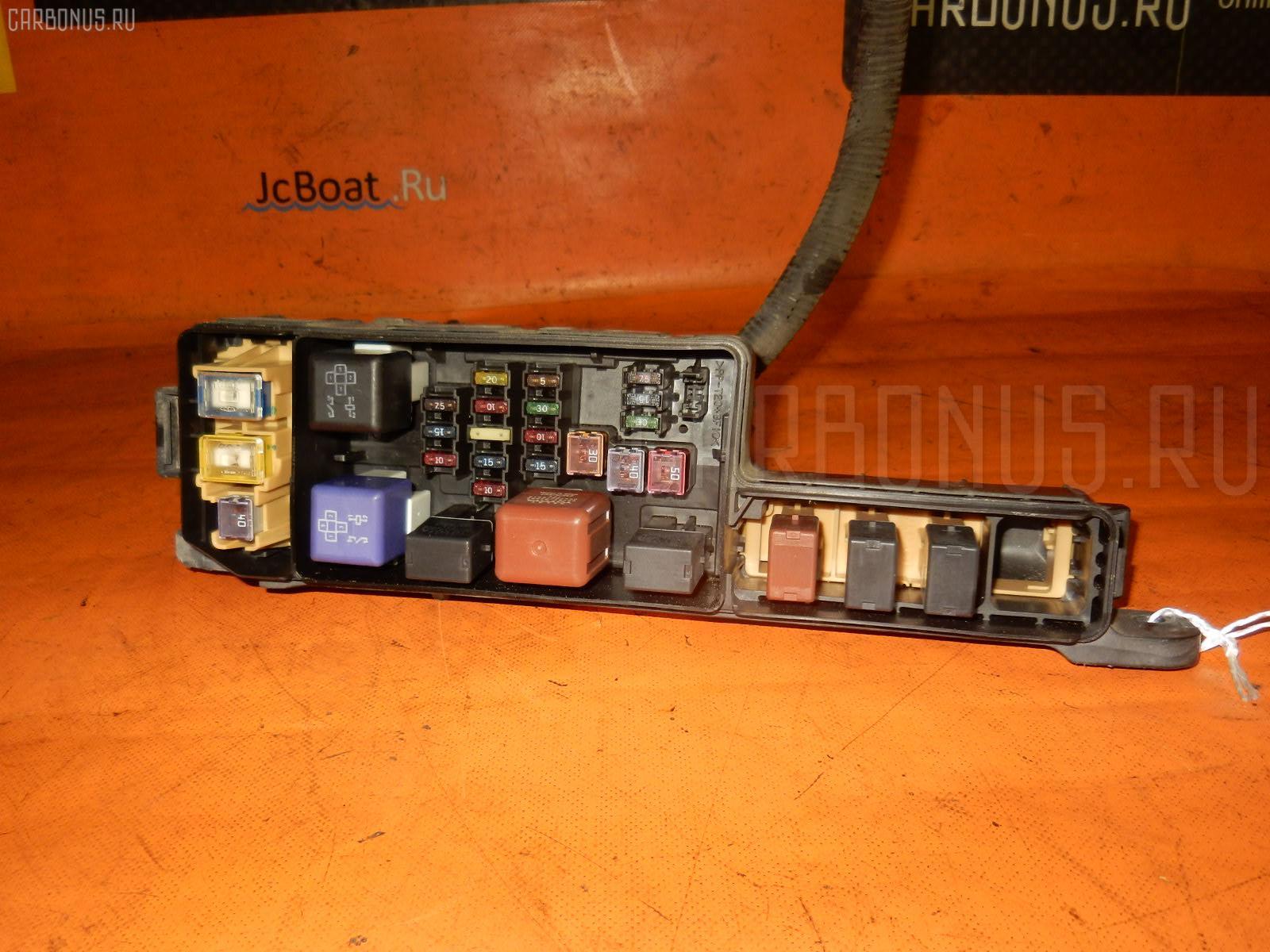 Блок предохранителей TOYOTA CALDINA AT211G 7A-FE. Фото 4