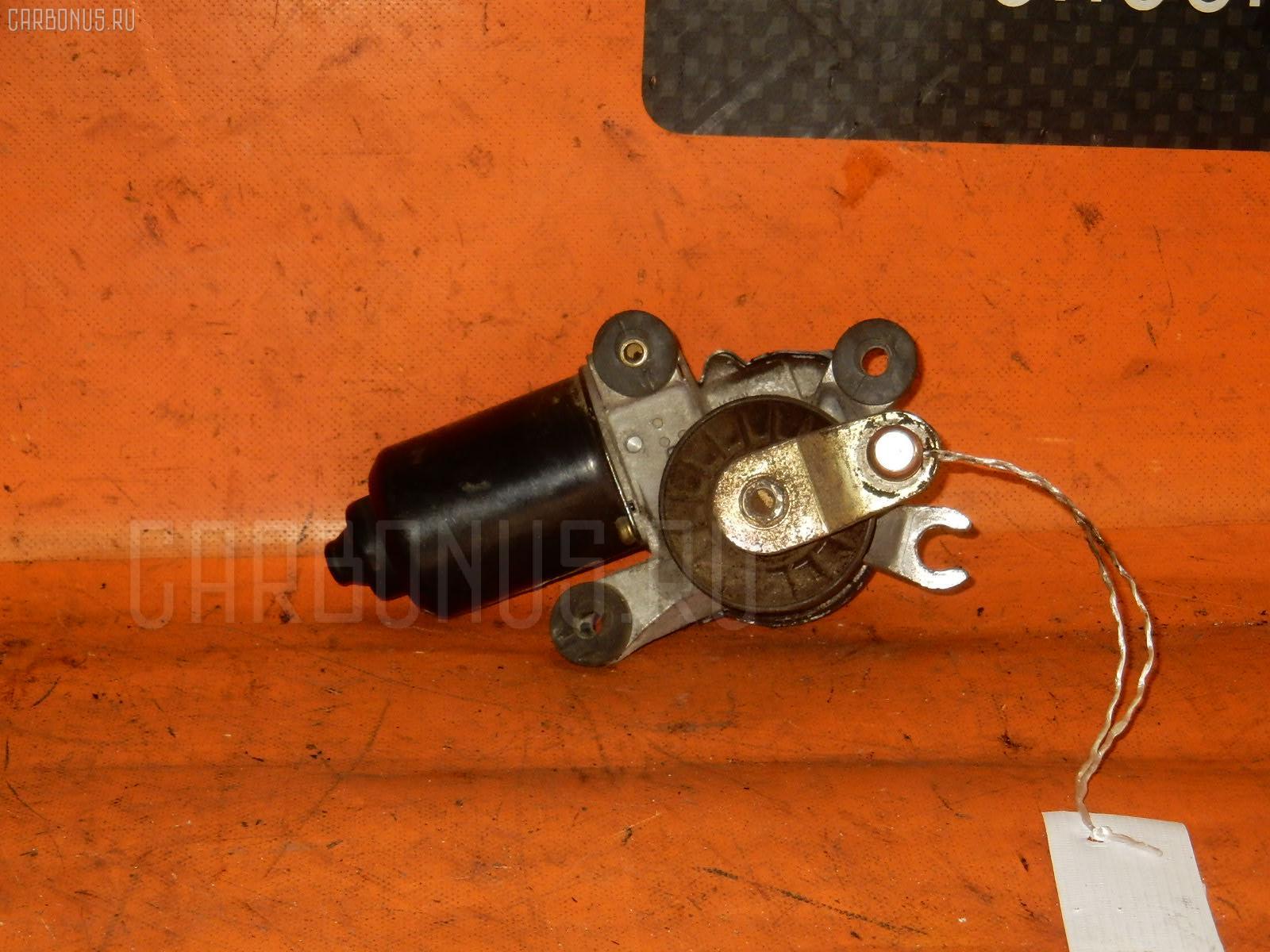 Мотор привода дворников TOYOTA COROLLA WAGON EE102V Фото 1