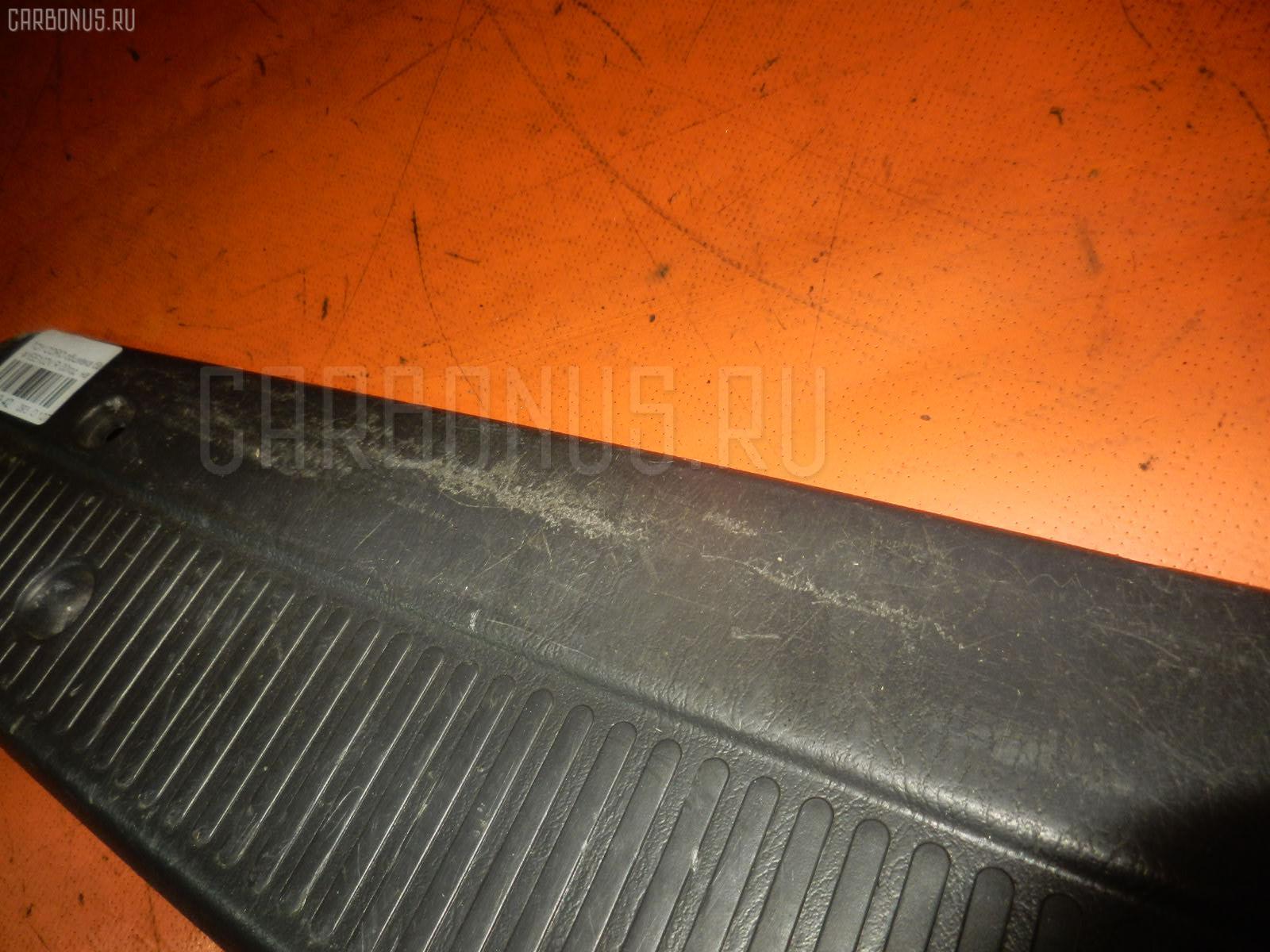 Обшивка багажника TOYOTA COROLLA WAGON EE102V Фото 2
