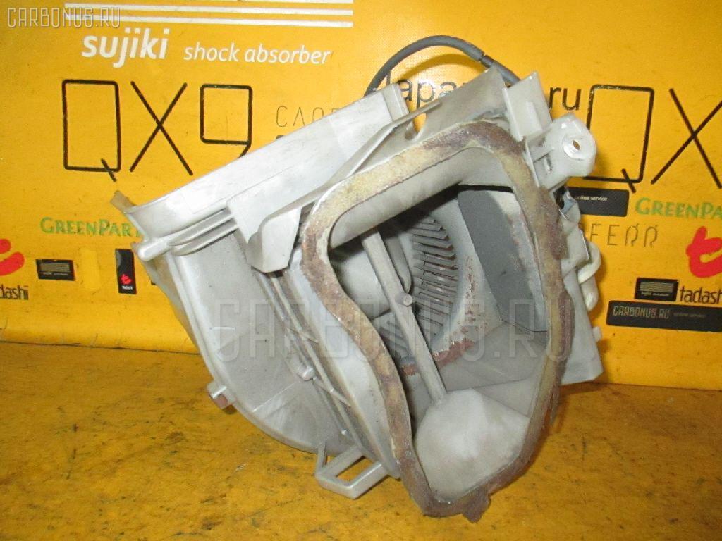 Мотор печки TOYOTA MARK II WAGON GX70G. Фото 4