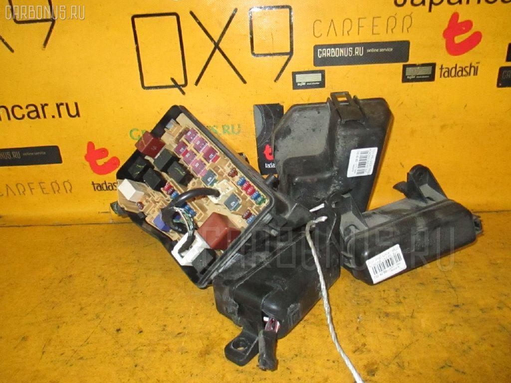 Блок предохранителей TOYOTA IPSUM ACM26W 2AZ-FE Фото 1