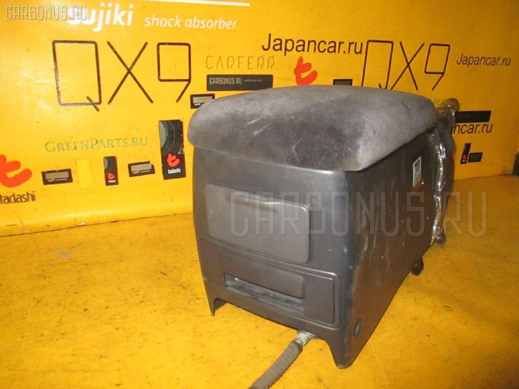 Бардачок TOYOTA JZX100 Фото 2