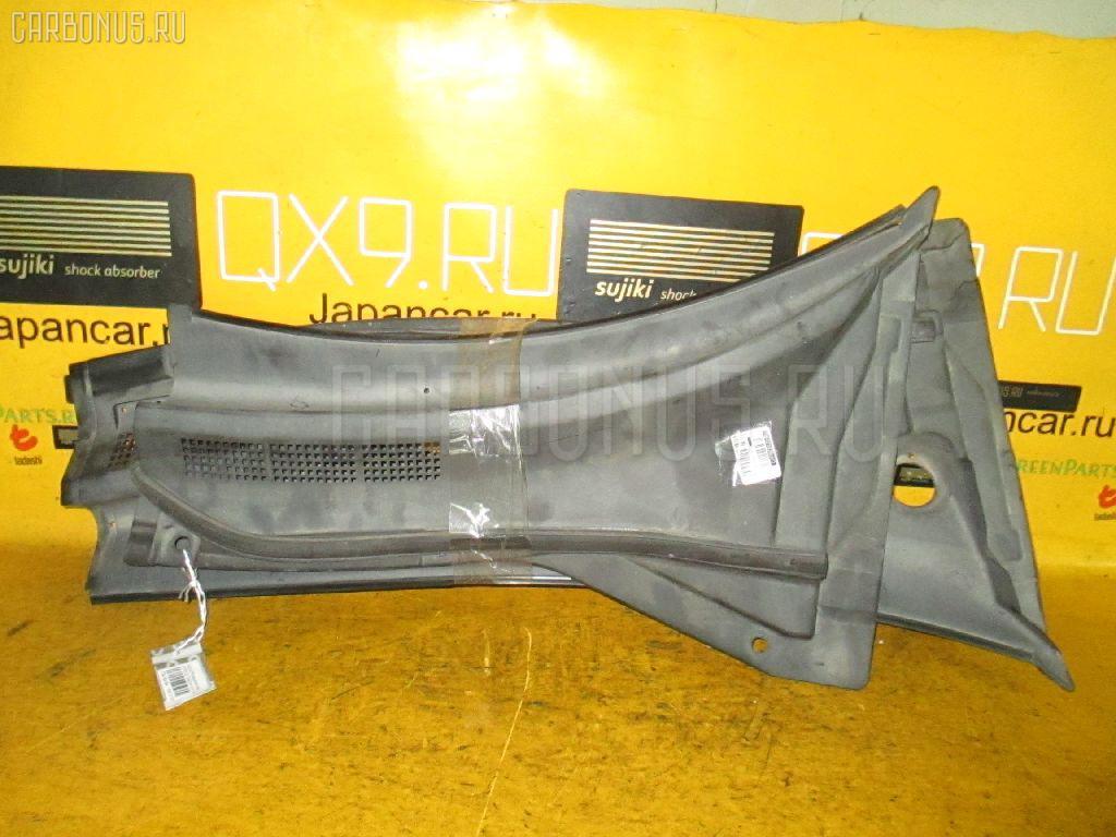 Решетка под лобовое стекло NISSAN X-TRAIL NT30 Фото 2