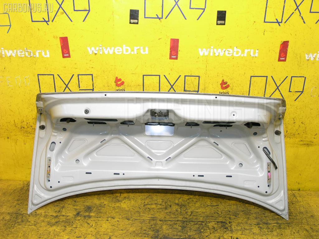 Крышка багажника NISSAN SUNNY FB15 Фото 2