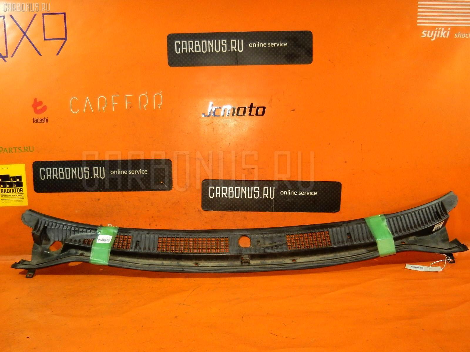 Решетка под лобовое стекло Toyota Corolla wagon EE102V Фото 1