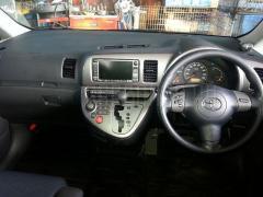 Ветровик Toyota Wish ZNE10G Фото 6