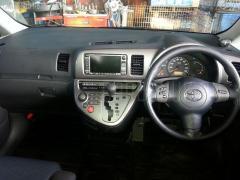 Защита замка капота Toyota Wish ZNE10G 1ZZ-FE Фото 6