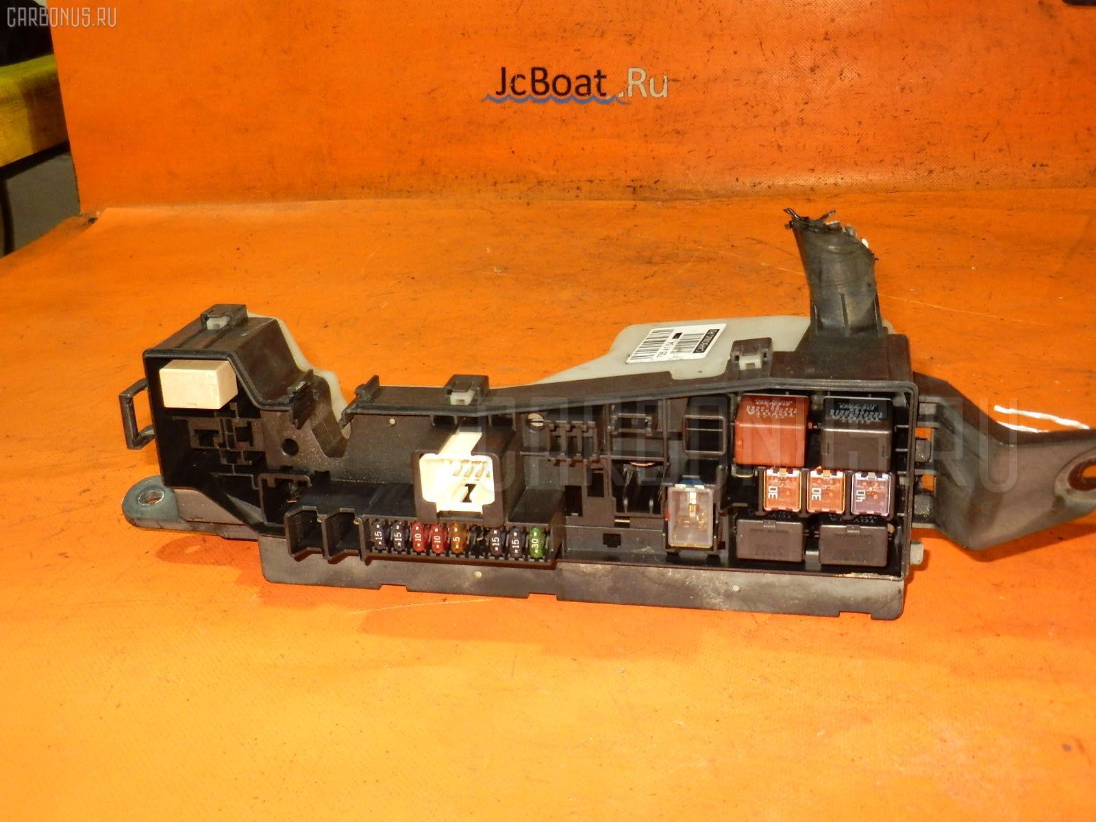 Блок предохранителей TOYOTA COROLLA SPACIO ZZE122N 1ZZ-FE Фото 1