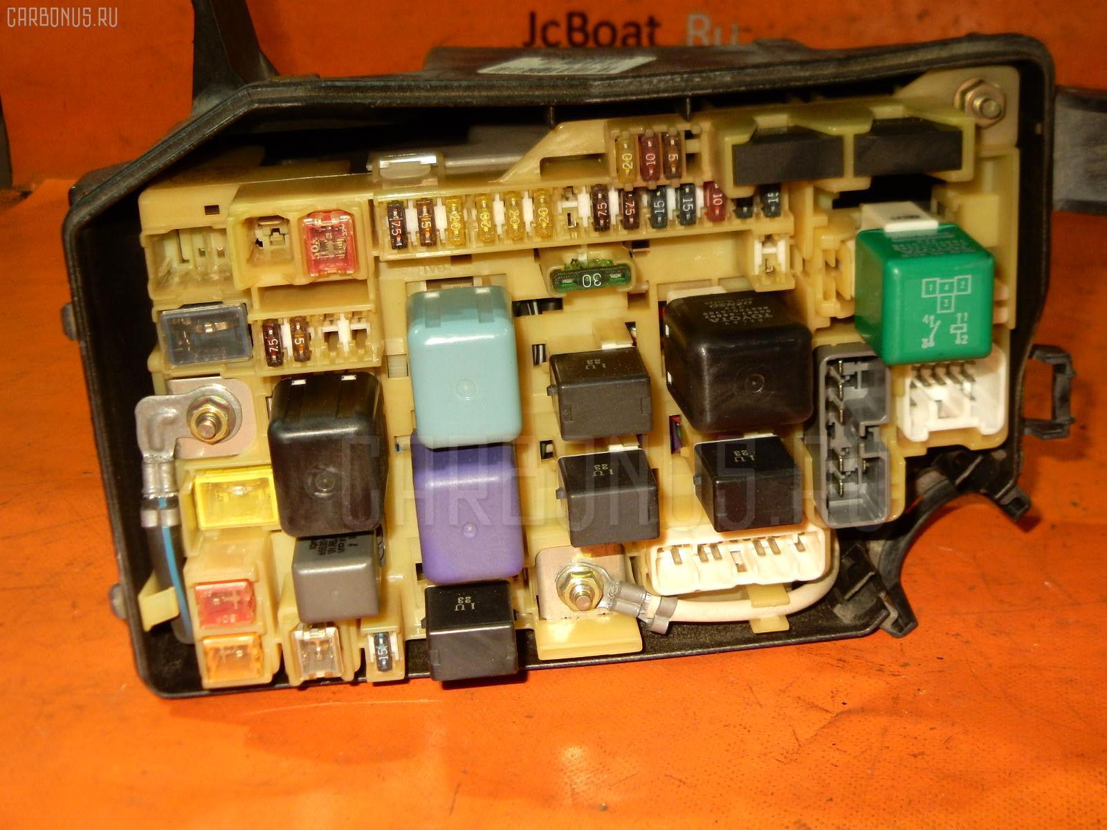 Блок предохранителей TOYOTA CROWN JZS155 2JZ-GE Фото 2