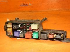 Блок предохранителей Toyota Ipsum SXM10G 3S-FE Фото 2