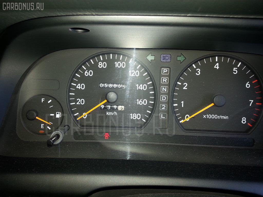 Крышка багажника TOYOTA CRESTA GX90 Фото 9