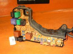 Блок предохранителей TOYOTA MARK II JZX110 1JZ-FSE Фото 3