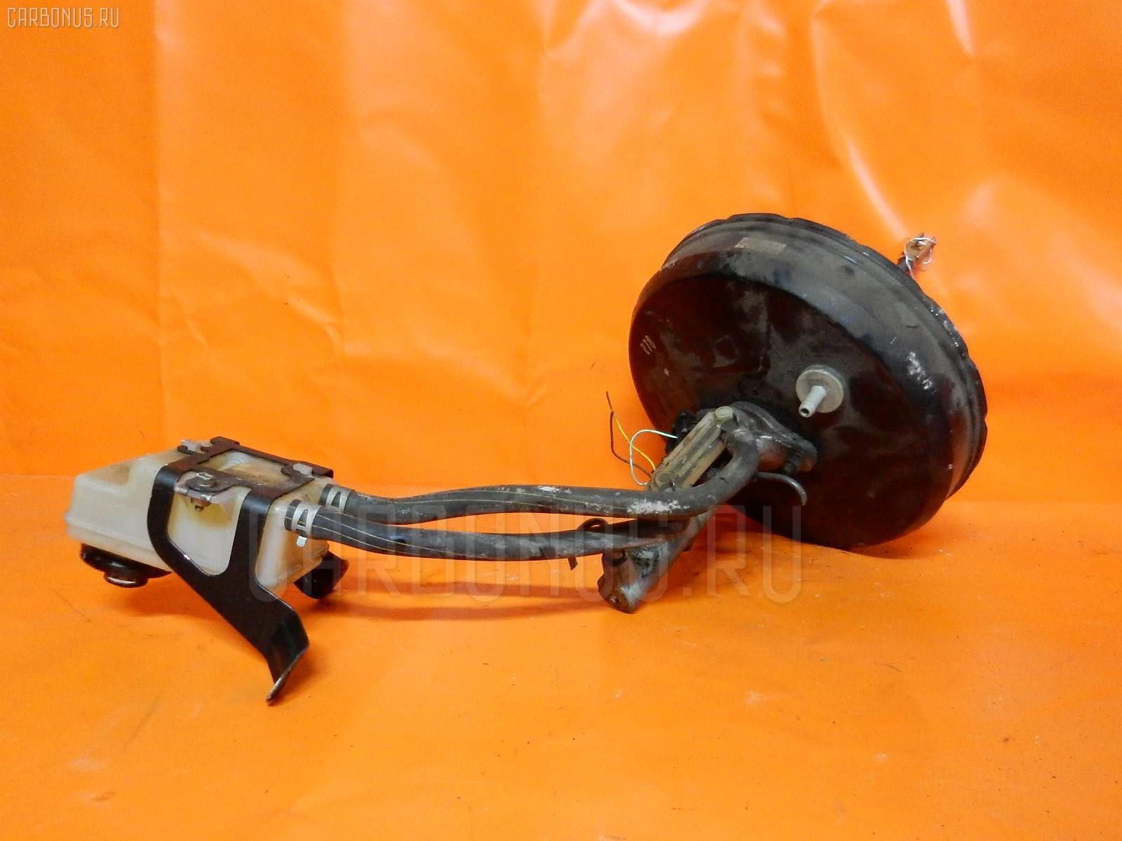 Главный тормозной цилиндр TOYOTA NOAH AZR65G 1AZ-FSE. Фото 1
