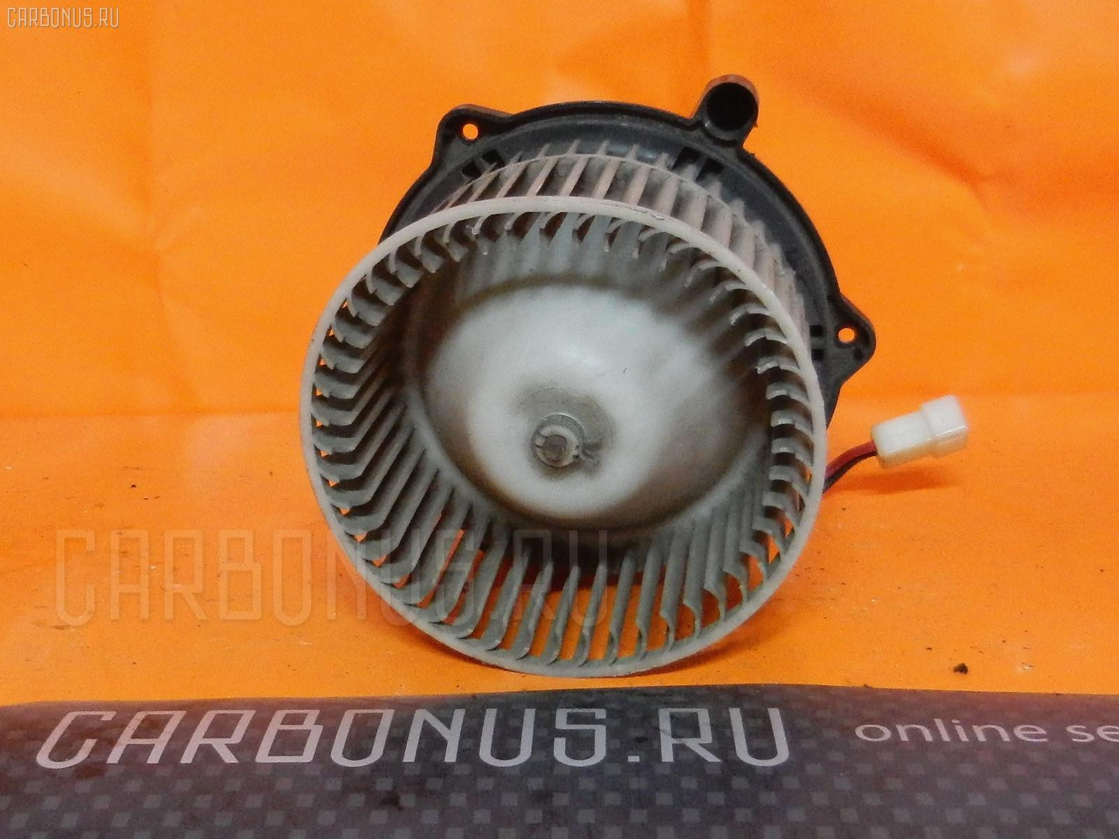 Мотор печки TOYOTA CROWN JZS131. Фото 3