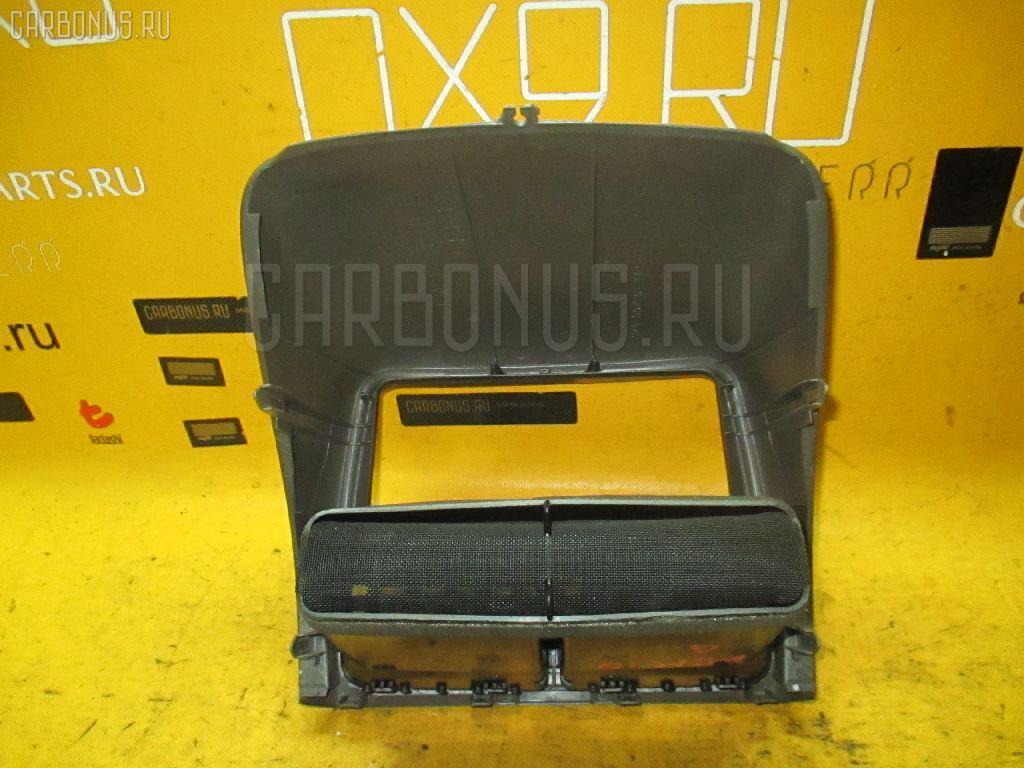 Консоль магнитофона TOYOTA GAIA ACM10G. Фото 6