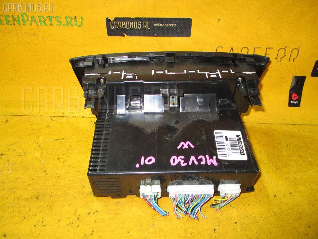 Блок управления климатконтроля TOYOTA WINDOM MCV30 1MZ-FE. Фото 5