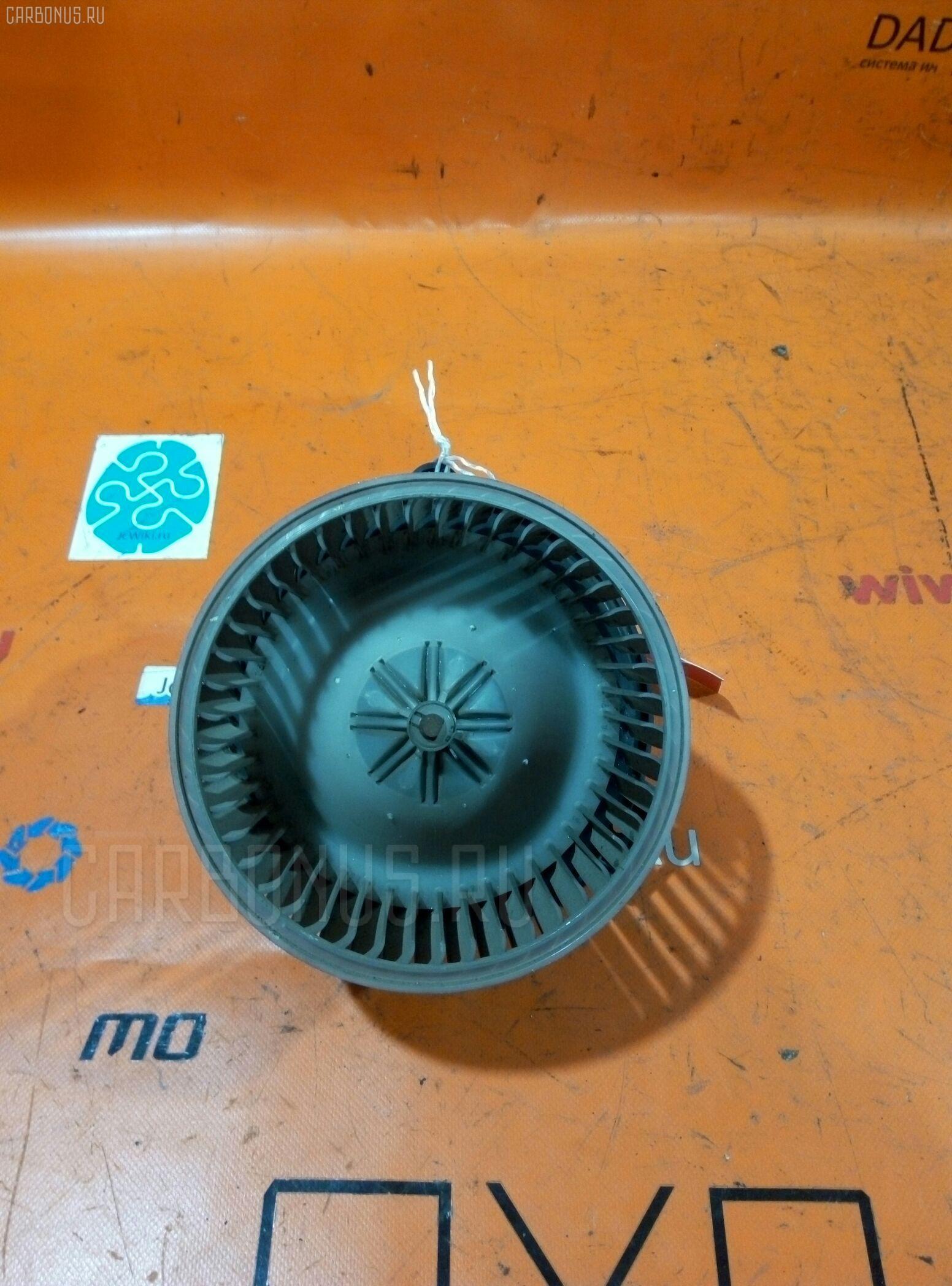 Мотор печки TOYOTA MARK II JZX90. Фото 11