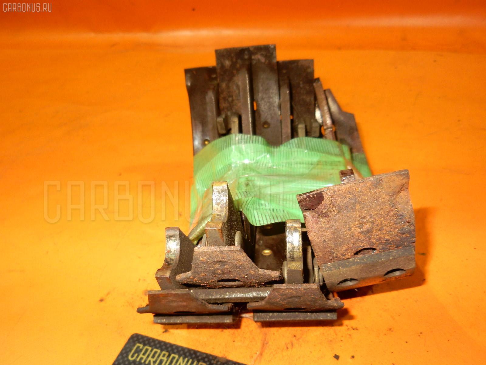 Тормозные колодки MITSUBISHI DELICA SPACEGEAR PE8W 4M40 Фото 2
