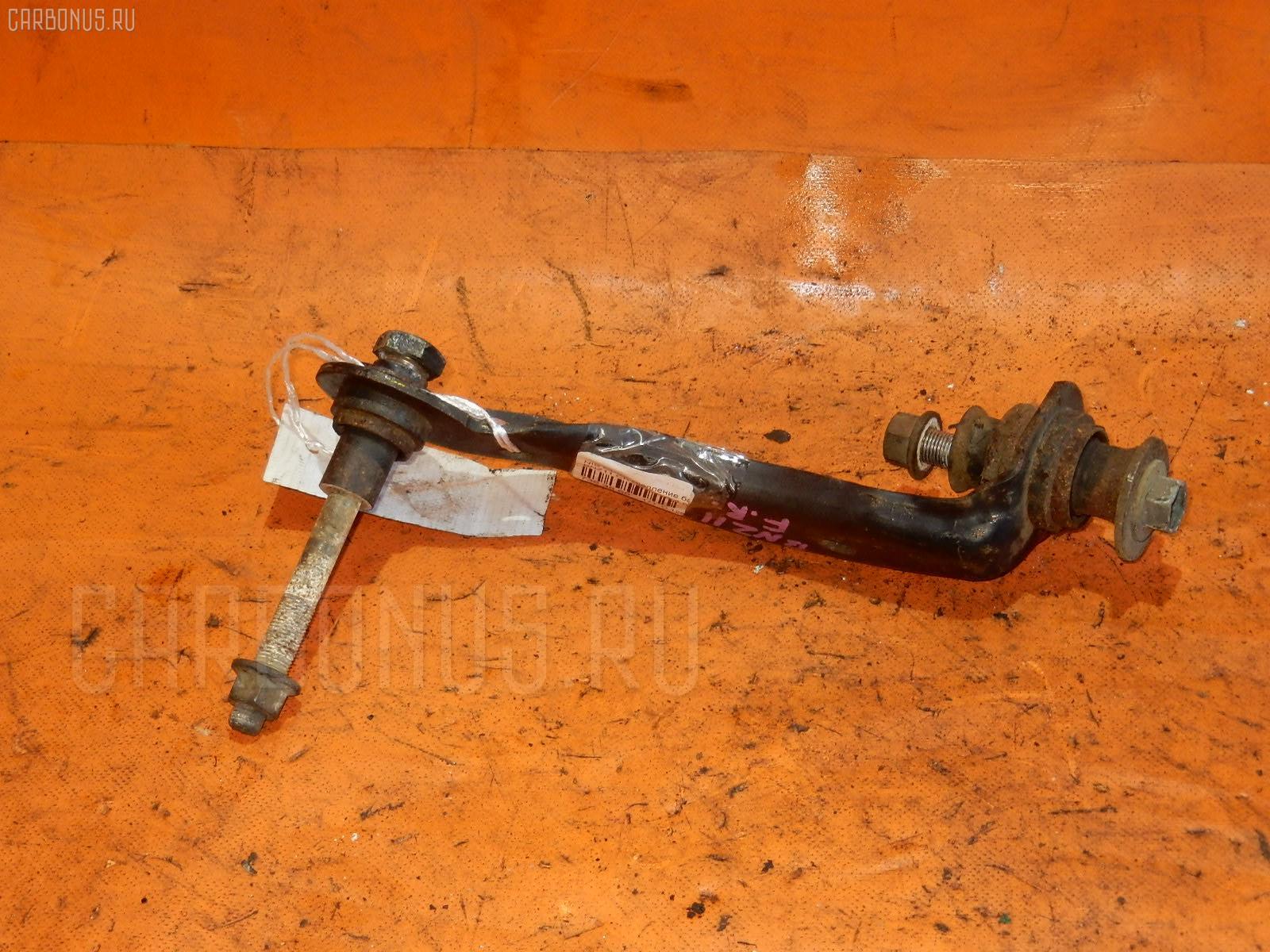 Крепление балки Nissan Cube BNZ11 CR14DE Фото 1