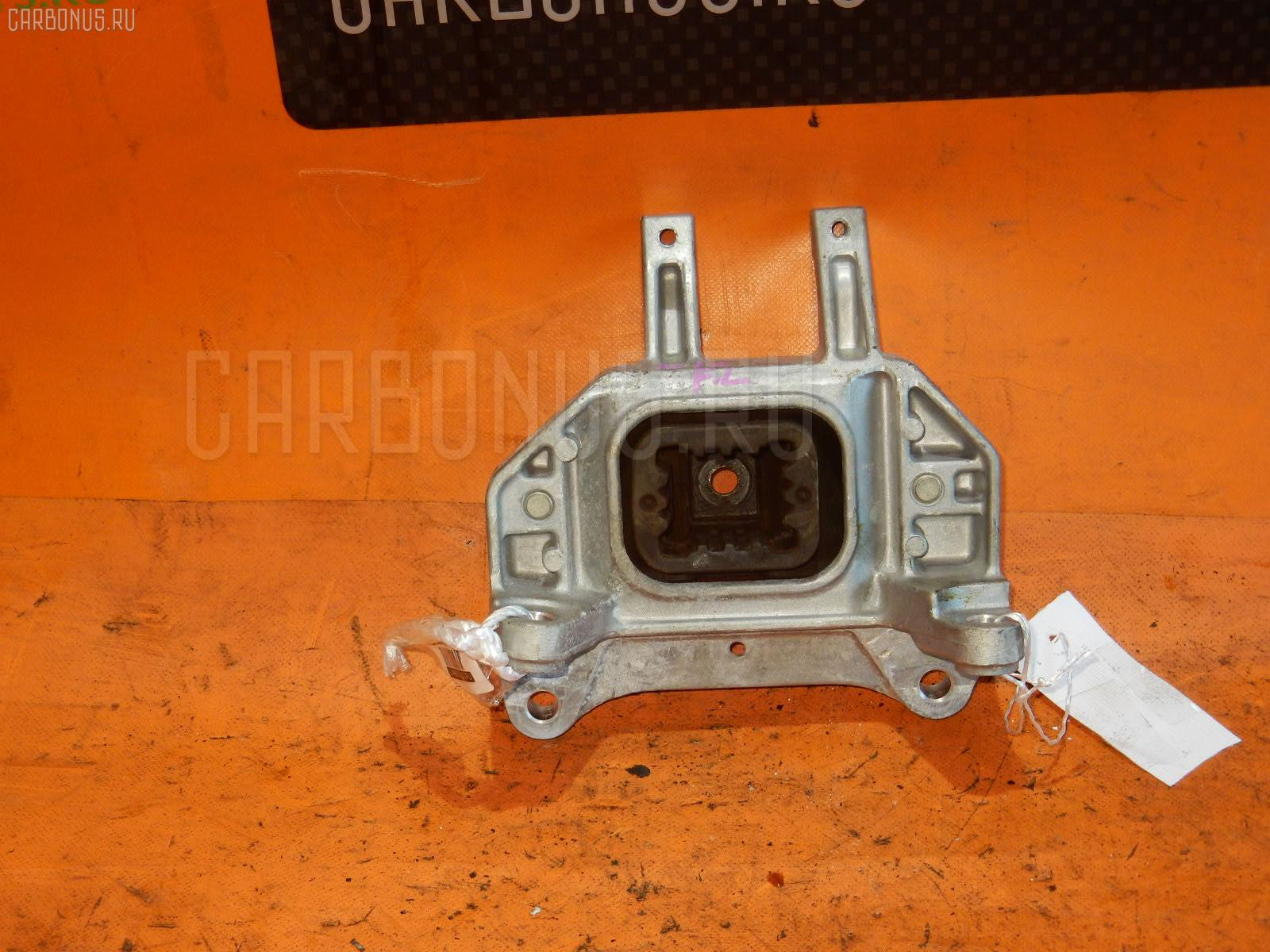 Подушка двигателя NISSAN NOTE E12 HR12-DDR Фото 1