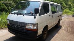 Стекло Toyota Hiace LH178V Фото 6