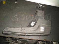 Подкрылок Toyota Prius ZVW35 2ZR-FXE Фото 1