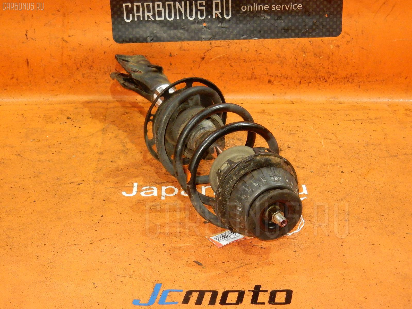 Стойка амортизатора Honda Mobilio GB2 L15A Фото 1