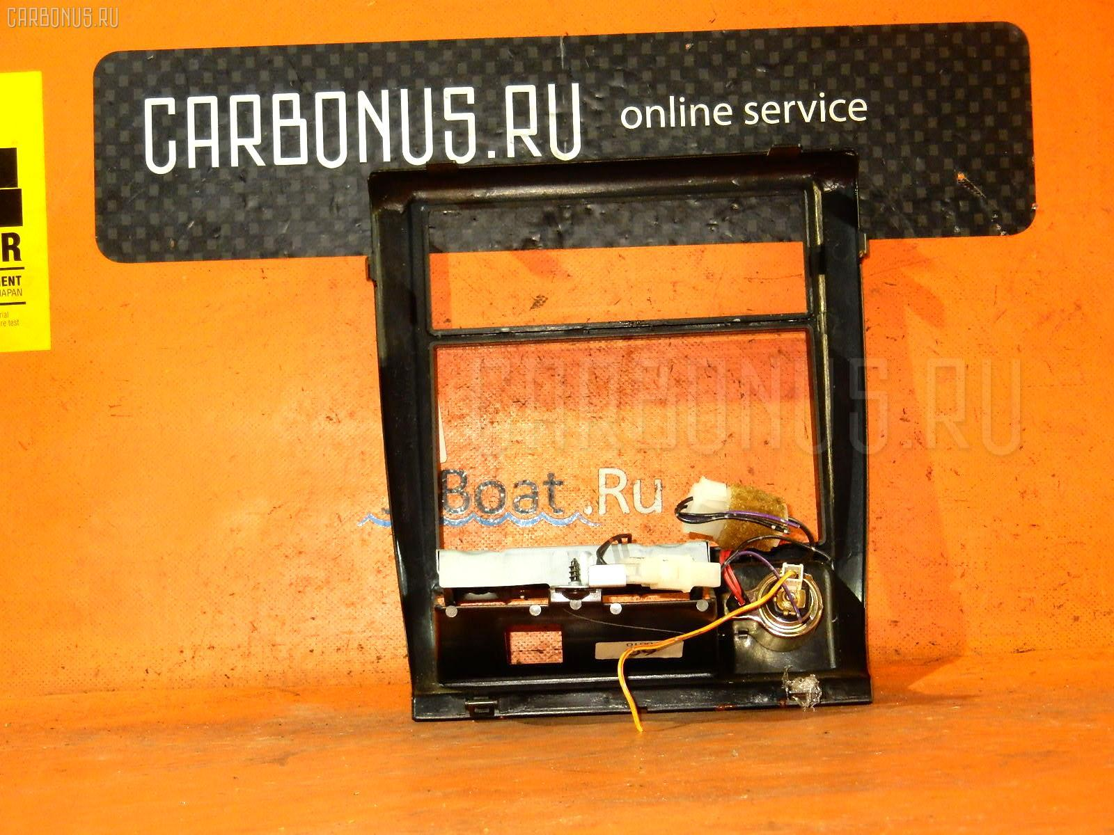 Консоль магнитофона SUBARU FORESTER SF5 Фото 3