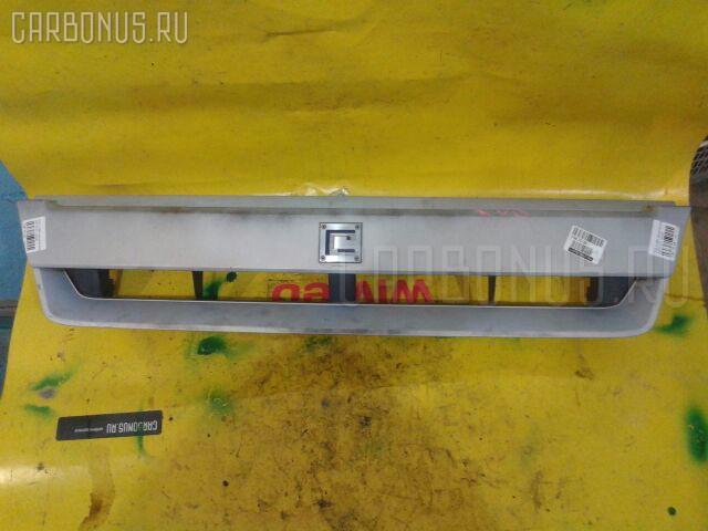 Решетка радиатора NISSAN CUBE AZ10 Фото 2