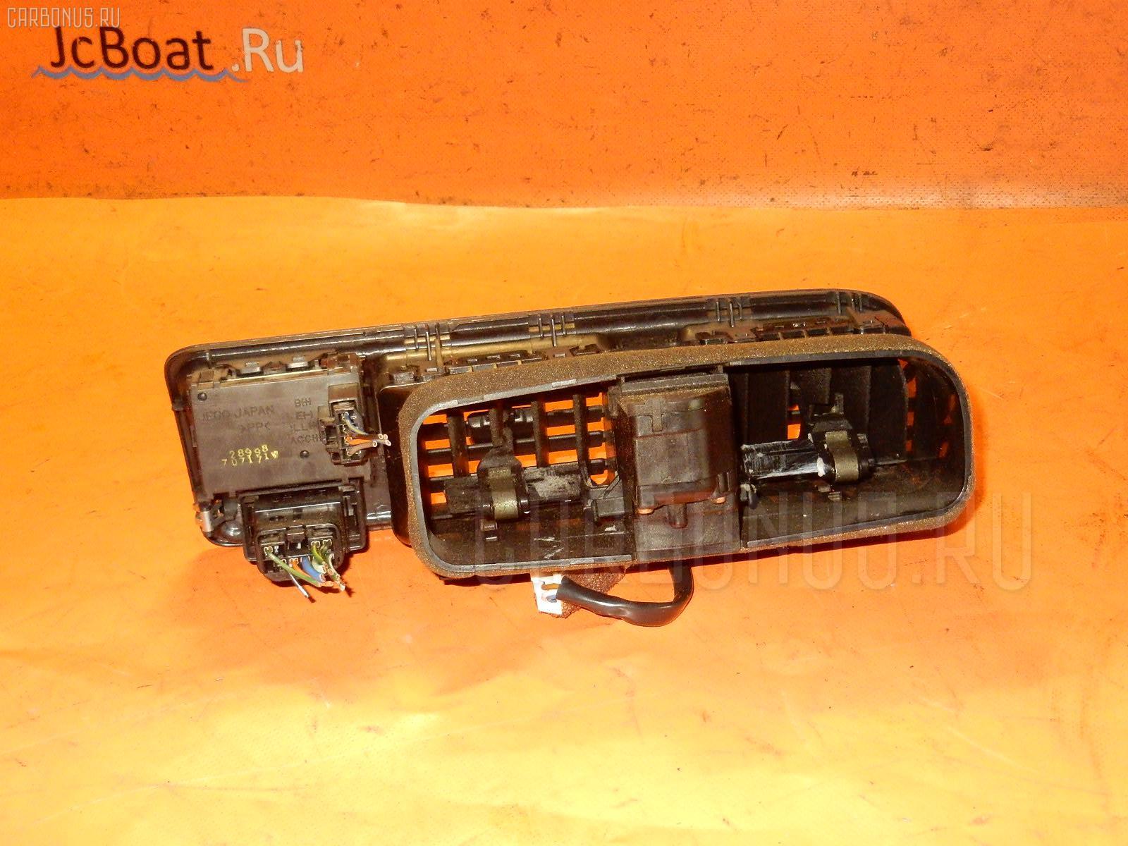 Консоль магнитофона TOYOTA MARK II JZX100 Фото 6