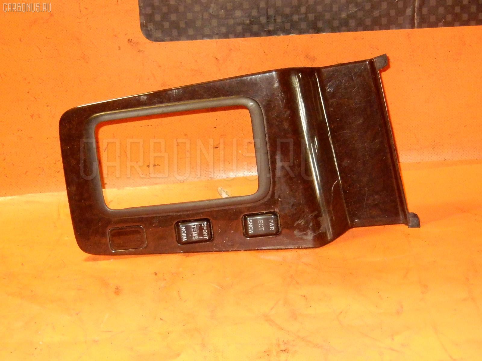Консоль магнитофона TOYOTA MARK II JZX100 Фото 8