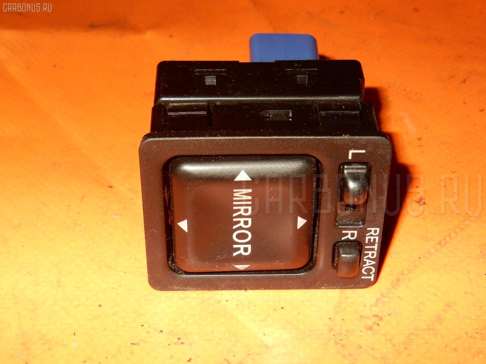 Консоль магнитофона TOYOTA MARK II JZX100 Фото 10